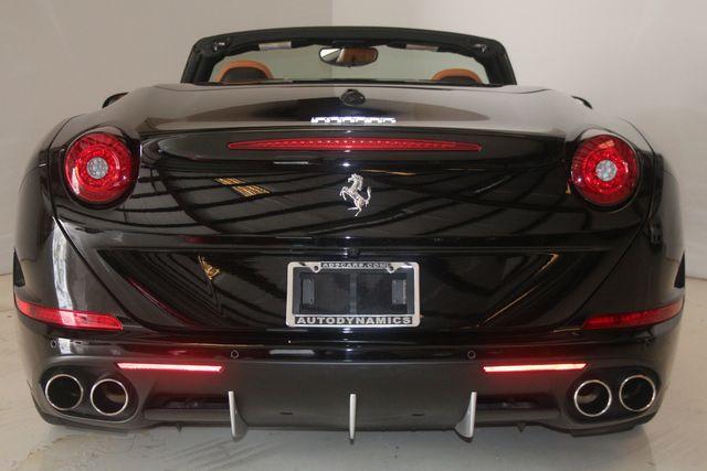 2015 Ferrari California Houston, Texas 21