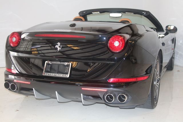 2015 Ferrari California Houston, Texas 22