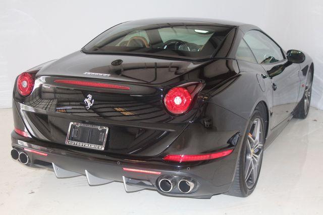 2015 Ferrari California Houston, Texas 33