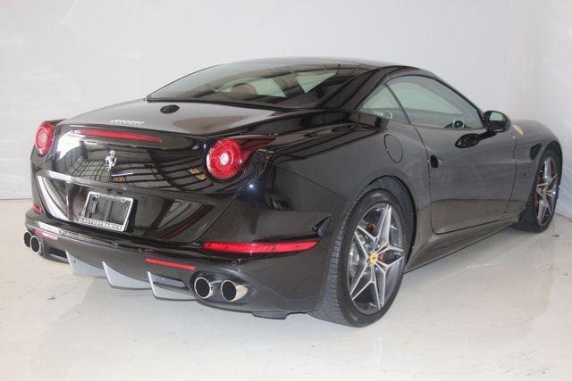 2015 Ferrari California Houston, Texas 34