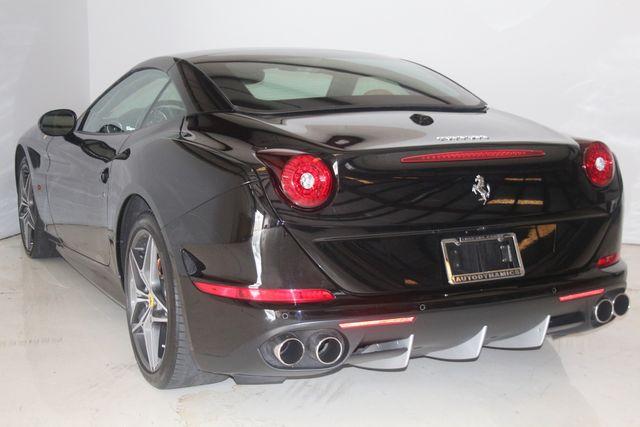 2015 Ferrari California Houston, Texas 35