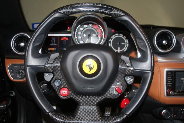 2015 Ferrari California Houston, Texas 53