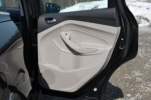 2015 Ford C-Max Energi SEL Naugatuck, Connecticut 13