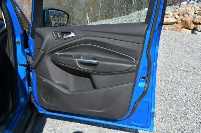 2015 Ford C-Max Hybrid SEL Naugatuck, Connecticut 10