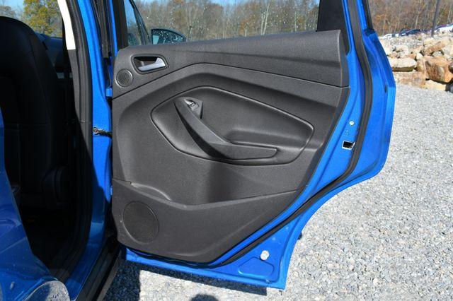 2015 Ford C-Max Hybrid SEL Naugatuck, Connecticut 11