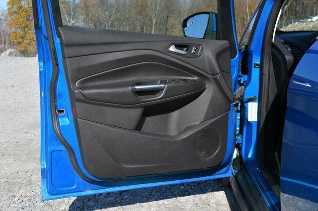 2015 Ford C-Max Hybrid SEL Naugatuck, Connecticut 17
