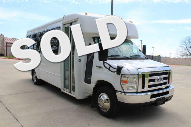 2015 Ford E450 22 Passenger Elkhart Coach Shuttle Bus