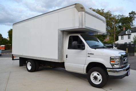 2015 Ford E-Series Cutaway  in Lynbrook, New