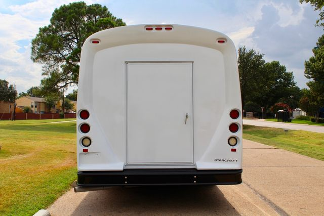 2015 Ford E450 23 Passenger Starcraft Shuttle Bus W/ Luggage Compartment in Irving, Texas 75060
