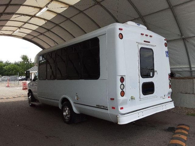 2015 Ford Eldorado National Coach 14 Passenger Bus Wheelchair Accessible Alliance, Ohio 3