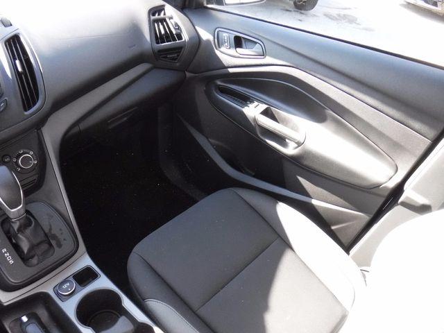2015 Ford Escape S in Gower Missouri, 64454