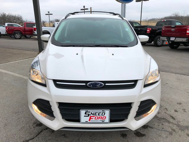 2015 Ford Escape SE 4X4 in Gower Missouri, 64454