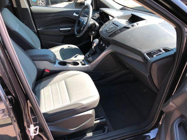 2015 Ford Escape SE in Gower Missouri, 64454