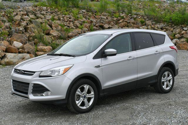 2015 Ford Escape SE 4WD Naugatuck, Connecticut 2