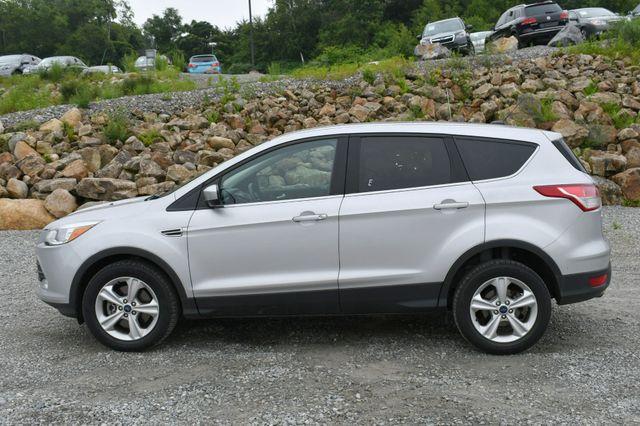 2015 Ford Escape SE 4WD Naugatuck, Connecticut 3