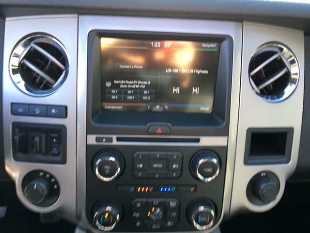 2015 Ford Expedition XLT 4X4 in Gower Missouri, 64454