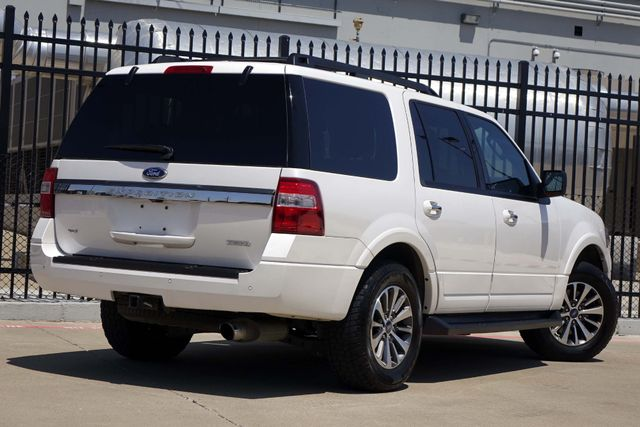 2015 Ford Expedition 1-OWNER * Sunroof * NAVI * A/C Seats * BLIND SPOT Plano, Texas 4