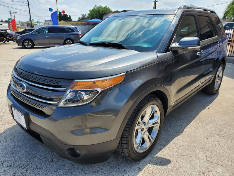 2015 Ford Explorer Limited  Brownsville TX  English Motors  in Brownsville, TX