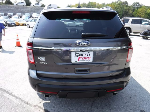 2015 Ford Explorer Limited in Gower Missouri, 64454