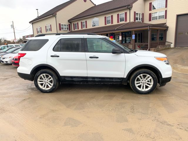 2015 Ford Explorer Base Hoosick Falls, New York 2