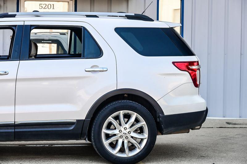 2015 Ford Explorer 3.5L V6 XLT Navigation 20'' Wheels 1-Owner Nice!! in Rowlett, Texas