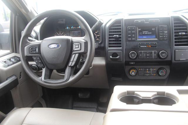 2015 Ford F-150 XLT Houston, Texas 9