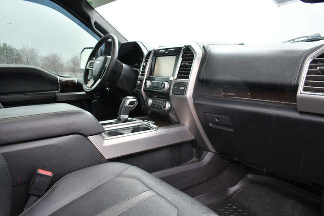 2015 Ford F-150 Platinum 4WD Naugatuck, Connecticut 10