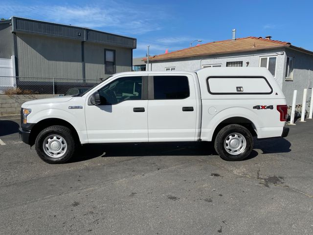 2015 Ford F-150 XL CrewCab 4WD W/ Camper Shell in San Diego, CA 92110