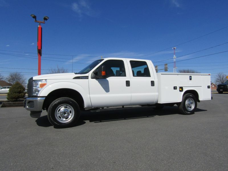 2015 Ford F250 Crew Cab 4x4 with New 8' Knapheide Utility Bed in Ephrata PA