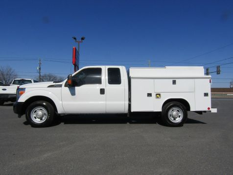 2015 Ford F250 Extended Cab Enclosed Reading Utility 2wd in Ephrata, PA