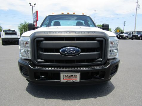 2015 Ford F350 Regular Cab 9' Utility Dually 2wd in Ephrata, PA