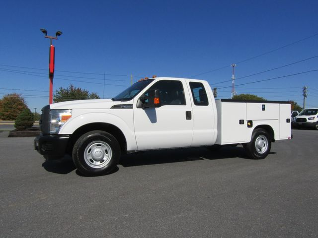 2015 Ford F350 Extended Cab 2wd with New 8' Knapheide Utility Bed
