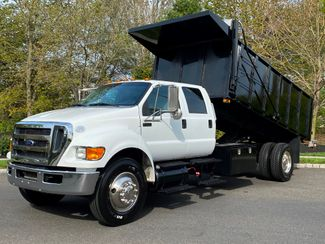 2015 Ford F750 Cummins Diesel CREW LANDSCAPE DUMP LOW MILES LIKE NEW 1-OWNER in Woodbury, New Jersey 08093