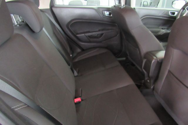 2015 Ford Fiesta SE Chicago, Illinois 8