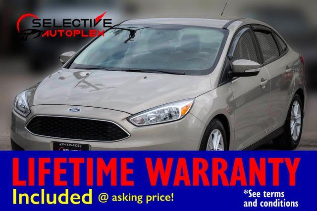2015 Ford Focus SE 5-Speed Manual Back Up Camera