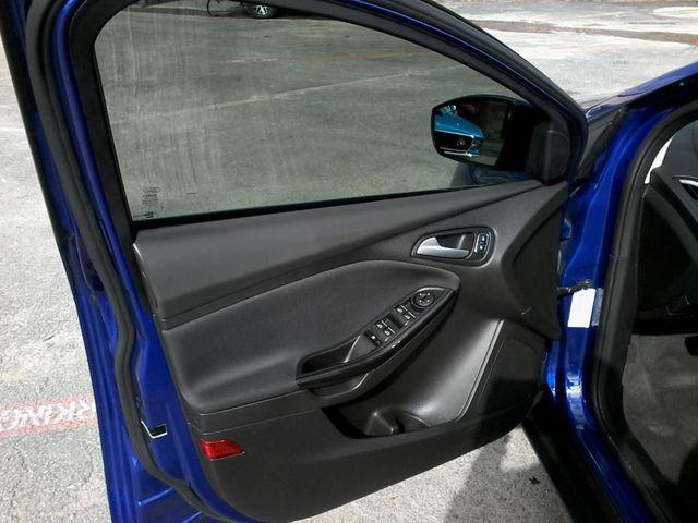 2015 Ford Focus Titanium Boerne, Texas 14