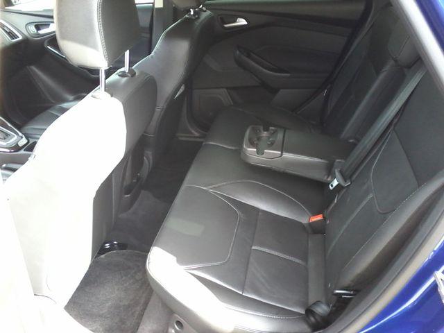 2015 Ford Focus Titanium Boerne, Texas 9