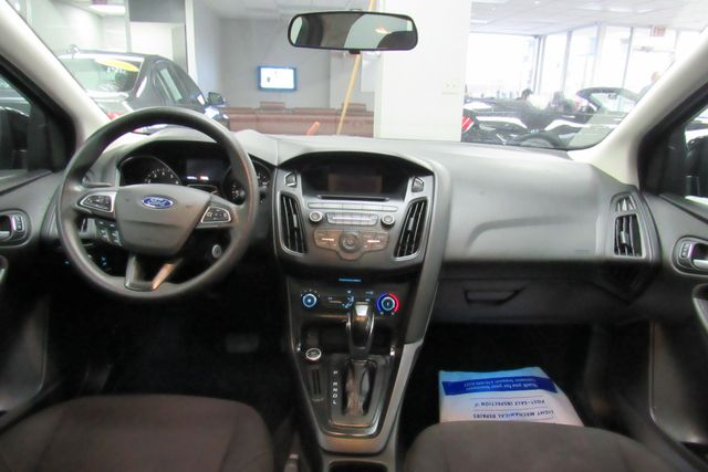 2015 Ford Focus SE W/ BACK UP CAM Chicago, Illinois 12
