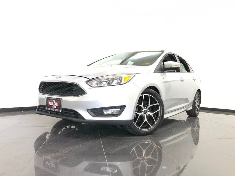 2015 Ford Focus *Drive TODAY & Make PAYMENTS* | The Auto Cave