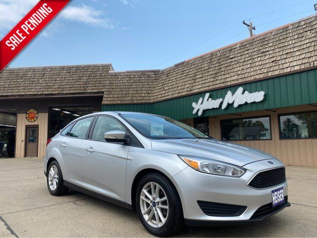 2015 Ford Focus SE ONLY 43,000 Miles in Dickinson, ND 58601