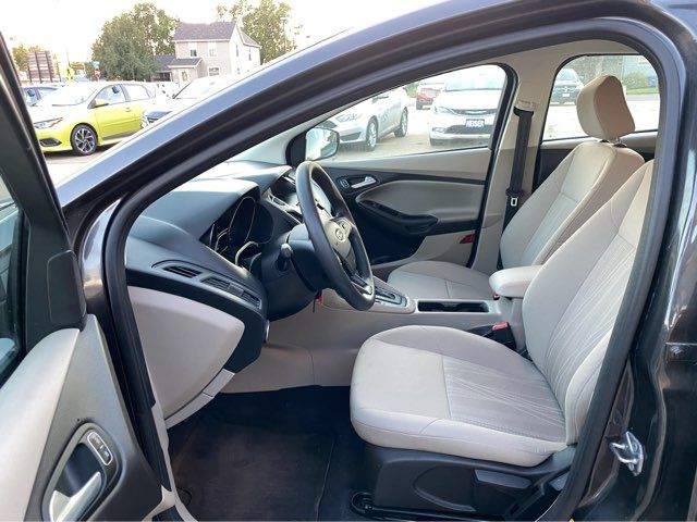 2015 Ford Focus SE ONLY 41,000 Miles in Dickinson, ND 58601