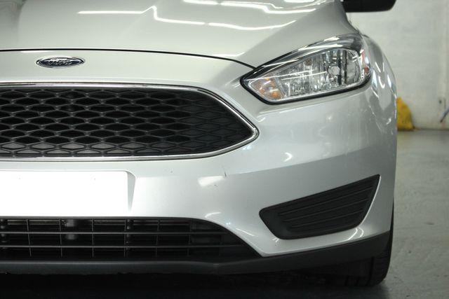 2015 Ford Focus S Kensington, Maryland 11