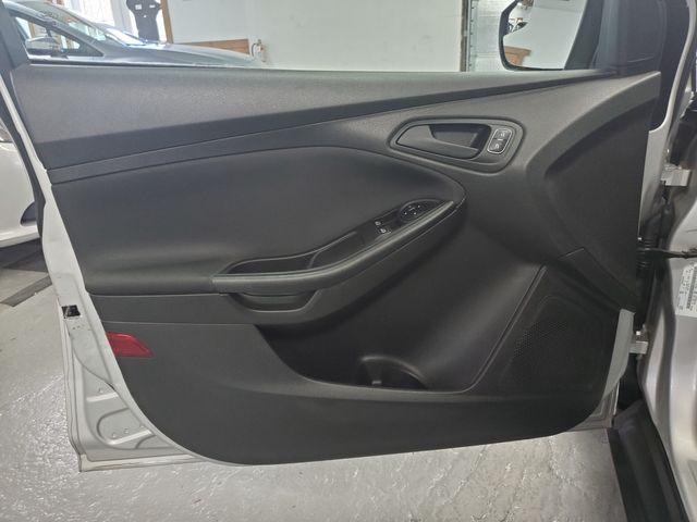 2015 Ford Focus S Kensington, Maryland 17