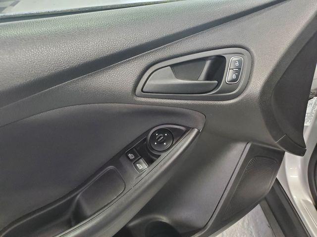 2015 Ford Focus S Kensington, Maryland 18