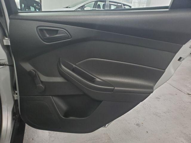 2015 Ford Focus S Kensington, Maryland 29