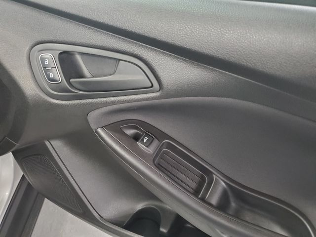 2015 Ford Focus S Kensington, Maryland 35