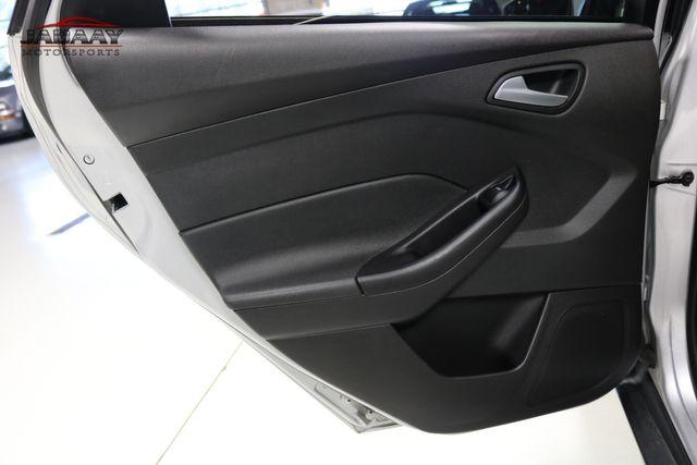 2015 Ford Focus SE Merrillville, Indiana 24