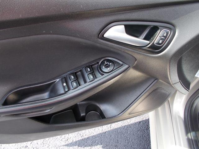 2015 Ford Focus SE Shelbyville, TN 24