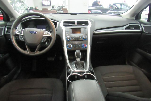 2015 Ford Fusion SE W/ BACK UP CAM Chicago, Illinois 15
