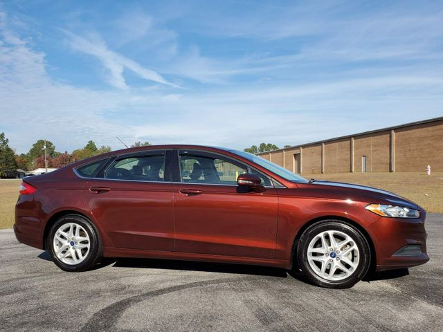 2015 Ford Fusion SE in Hope Mills, NC 28348